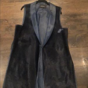 Lafayette Navy blue fur vest